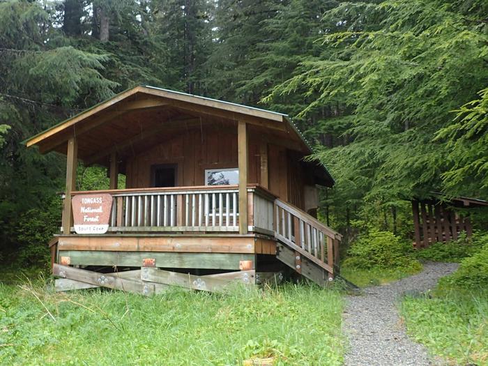 Spurt Cove Cabin