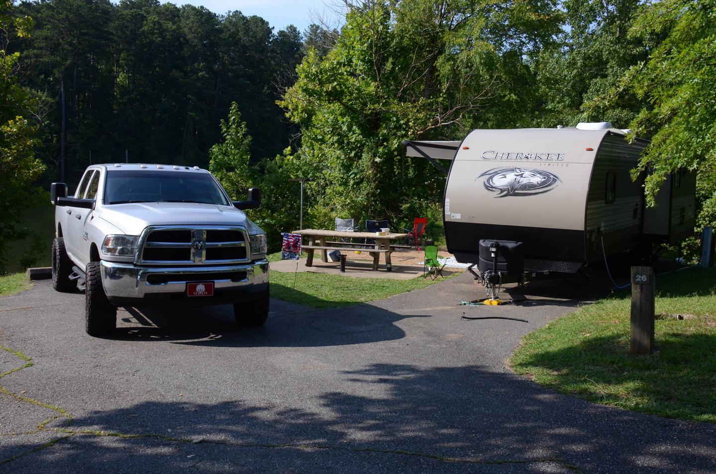 Parking, driveway slope, awning-side clearance.Payne Campground, campsite 26.