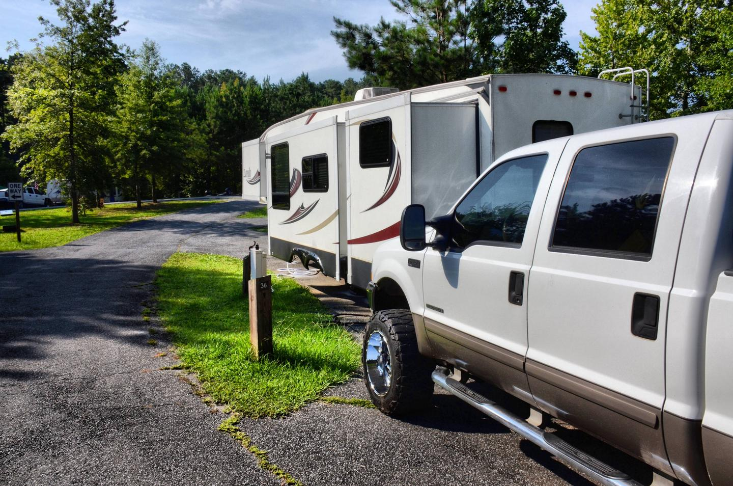 Pull-thru entrance, utilities clearance.Payne Campground, campsite 36.