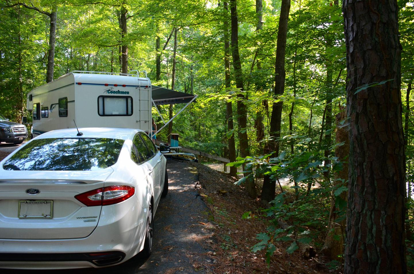 Pull-thru entrance, driveway slope, awning-side clearance.Payne Campground, campsite 40.