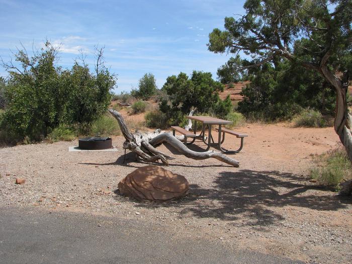 Site 0012Pull-Through Site
