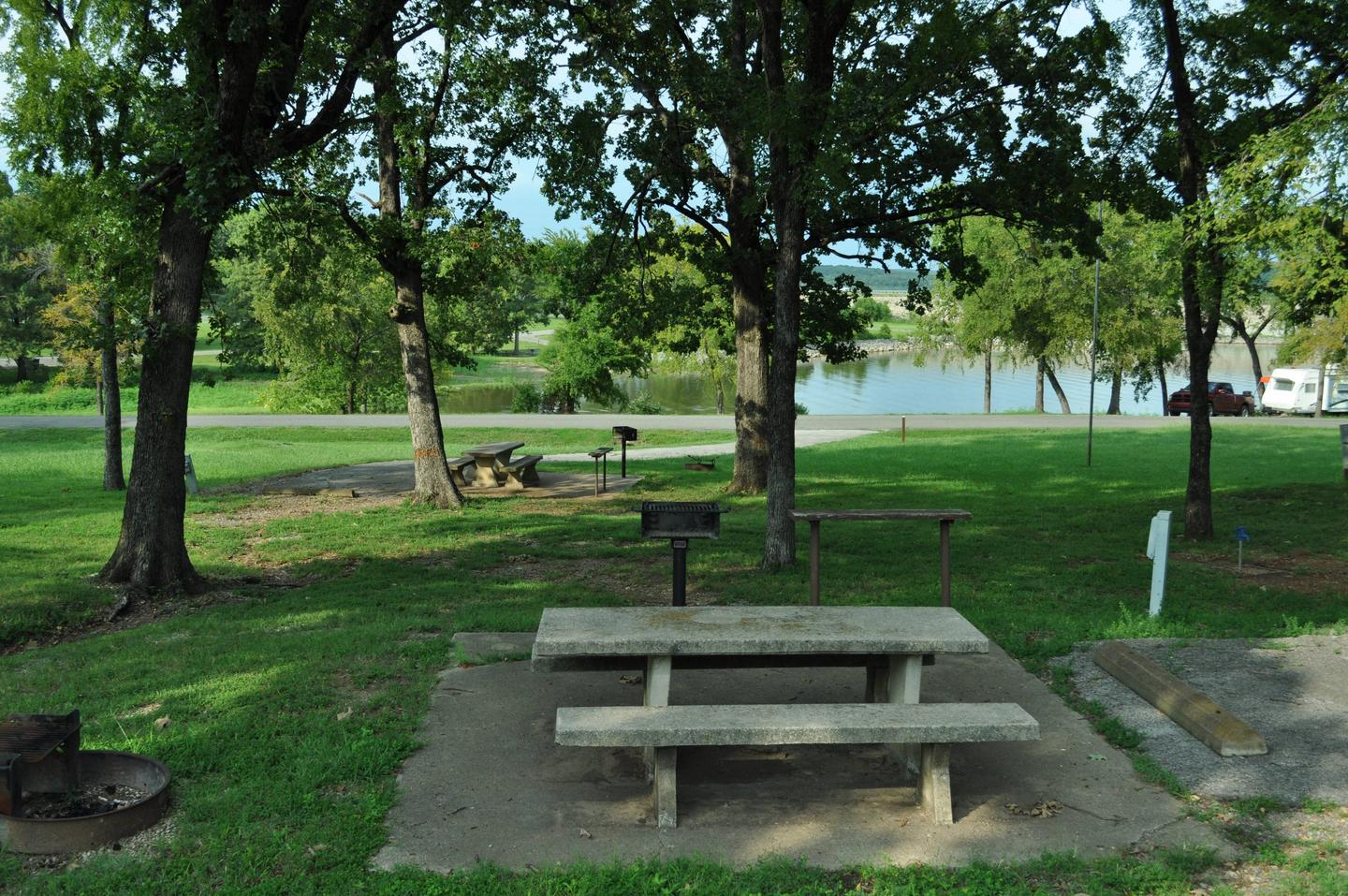 Fort Gibson Lake is visible from the picnic table.Site 66 - Taylor Ferry