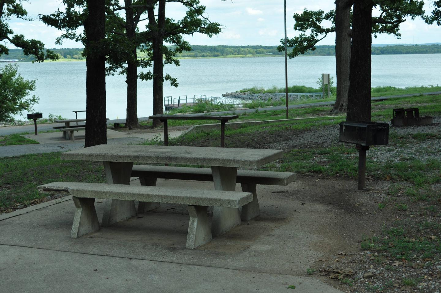 Site 87 offers a great view of Fort Gibson Lake.Site 87 - Taylor Ferry