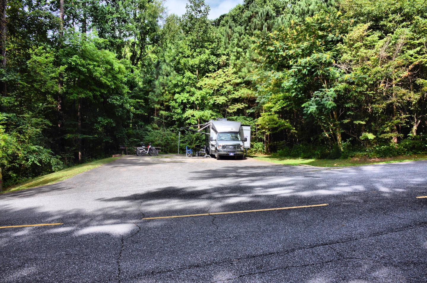 Parking, driveway slope, awning-side clearance.Payne Campground, campsite 59.