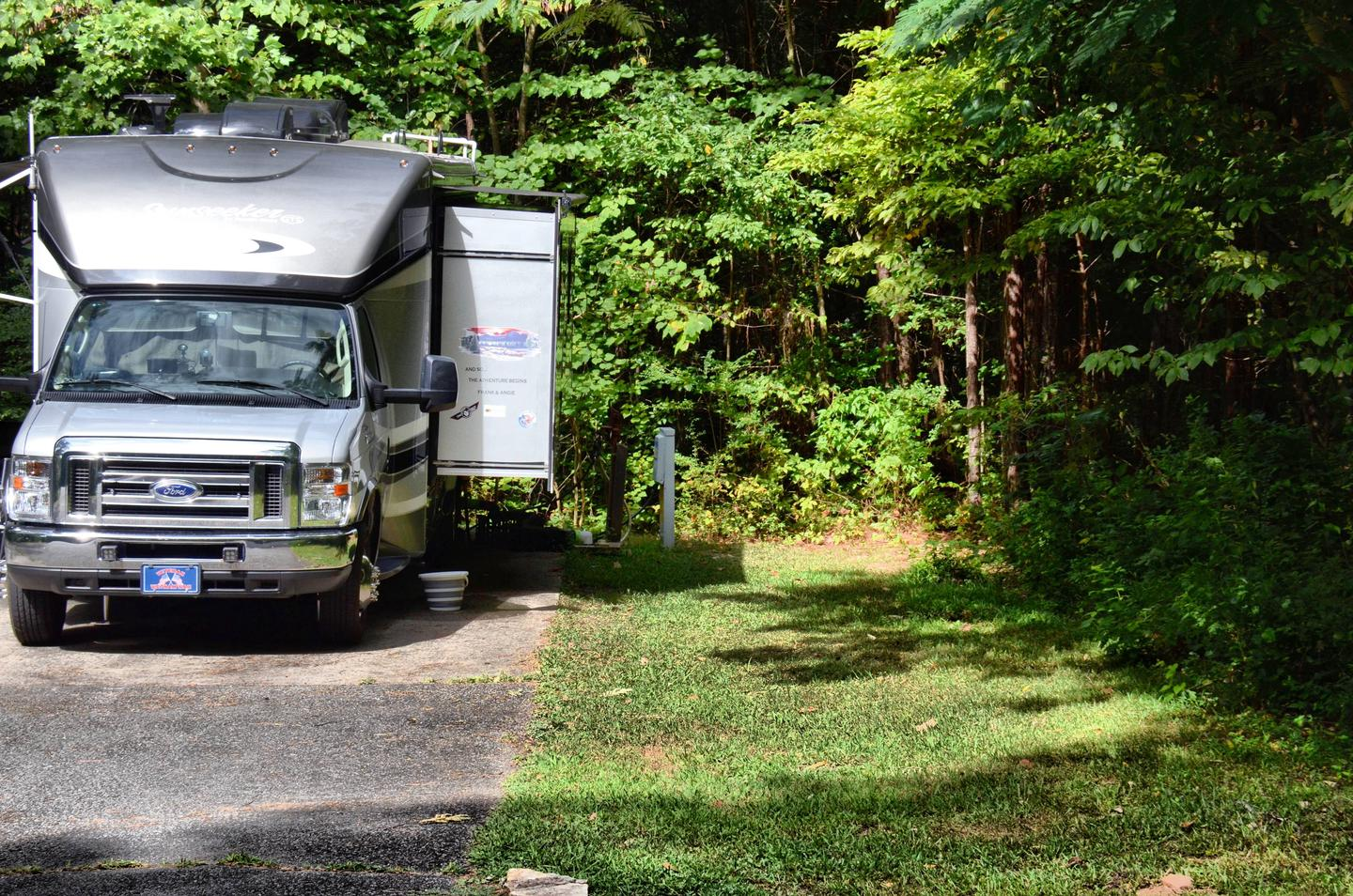 Utilities-side clearance.Payne Campground, campsite 59.