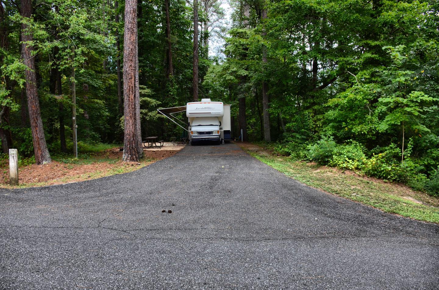 Driveway slope, utilities-side clearancePayne Campground, campsite 60.