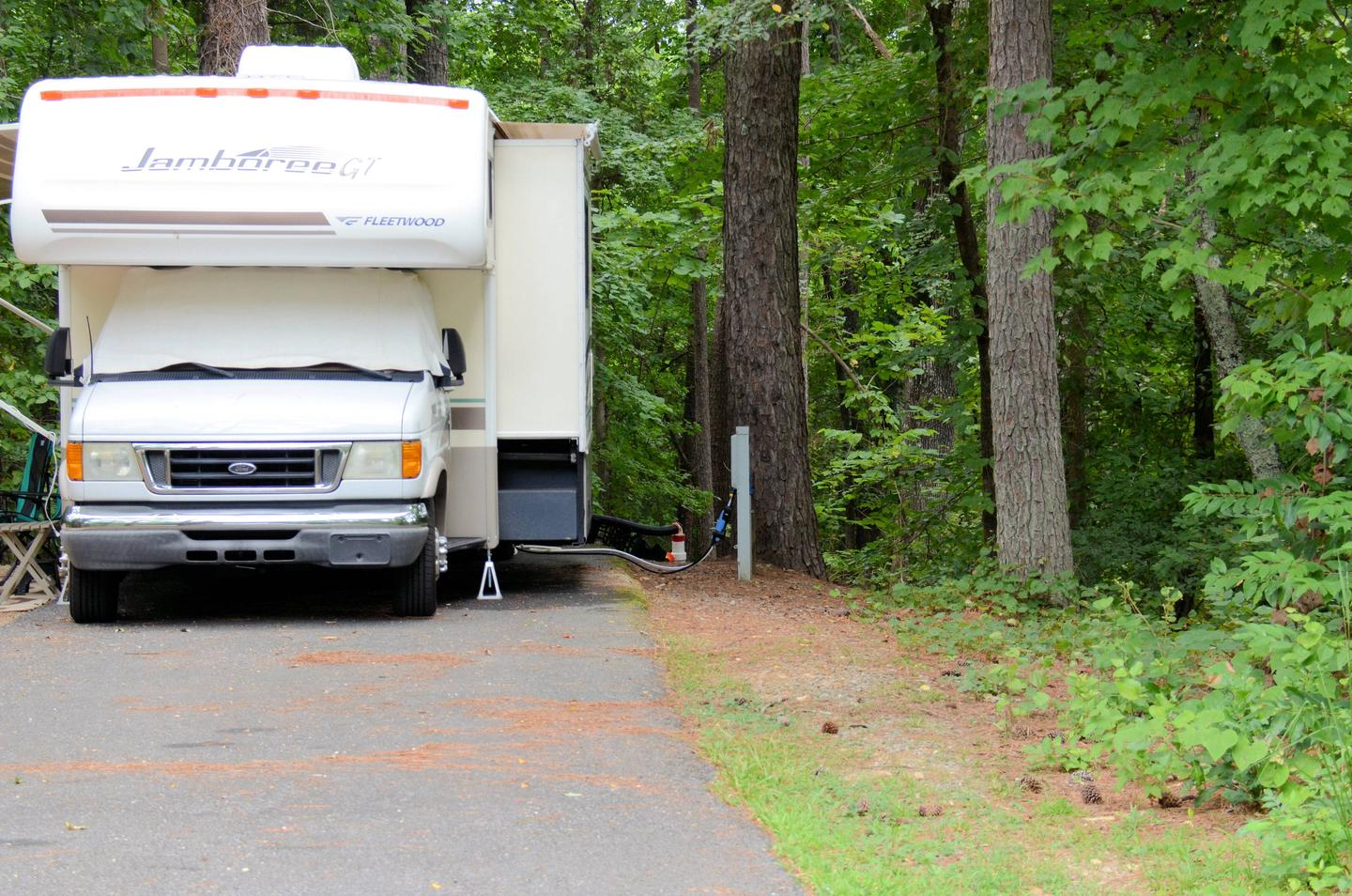 Utilities-side clearance.Payne Campground, campsite 60.