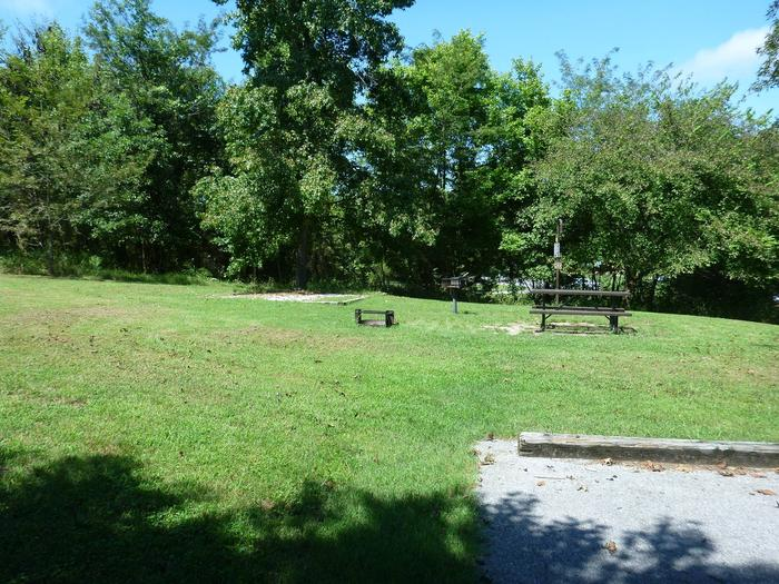 Tyler Bend Main Loop Site #20-1Site #20, 50' back-in, tent pad 15' x 15'.