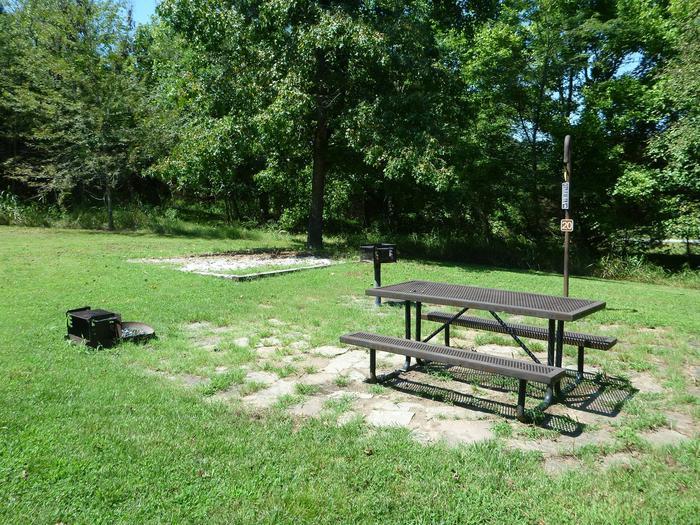 Tyler Bend Main Loop Site #20-2Site #20, 50' back-in, tent pad 15' x 15'.