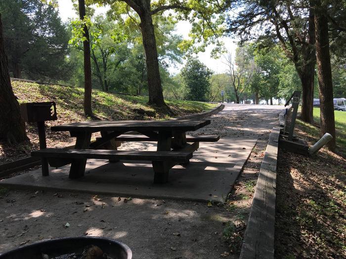 OBEY RIVER PARK SITE #59 TABLEOBEY RIVER PARK SITE #59 WHITE CAP IS WATER VAVLE, NOT TABLE