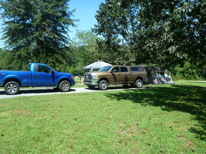 Tyler Bend Main Loop Site# 27-4Site# 27, 45' back-in', tent pad 15' x 15'