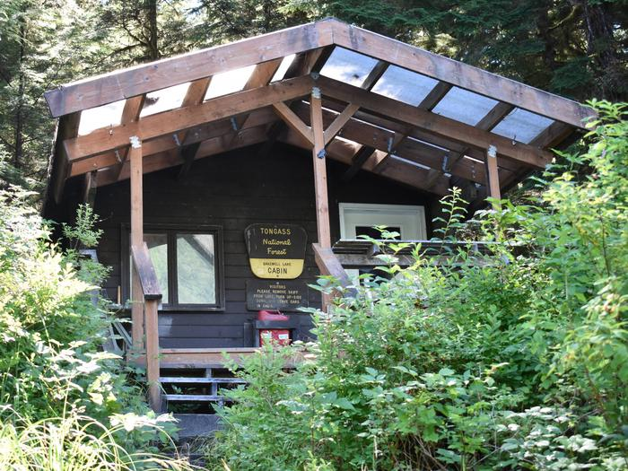 Preview photo of Bakewell Lake Cabin