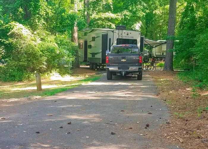 Pull-thru entrance, driveway slope, awning-side clearance.Victoria Campground, campsite 12.