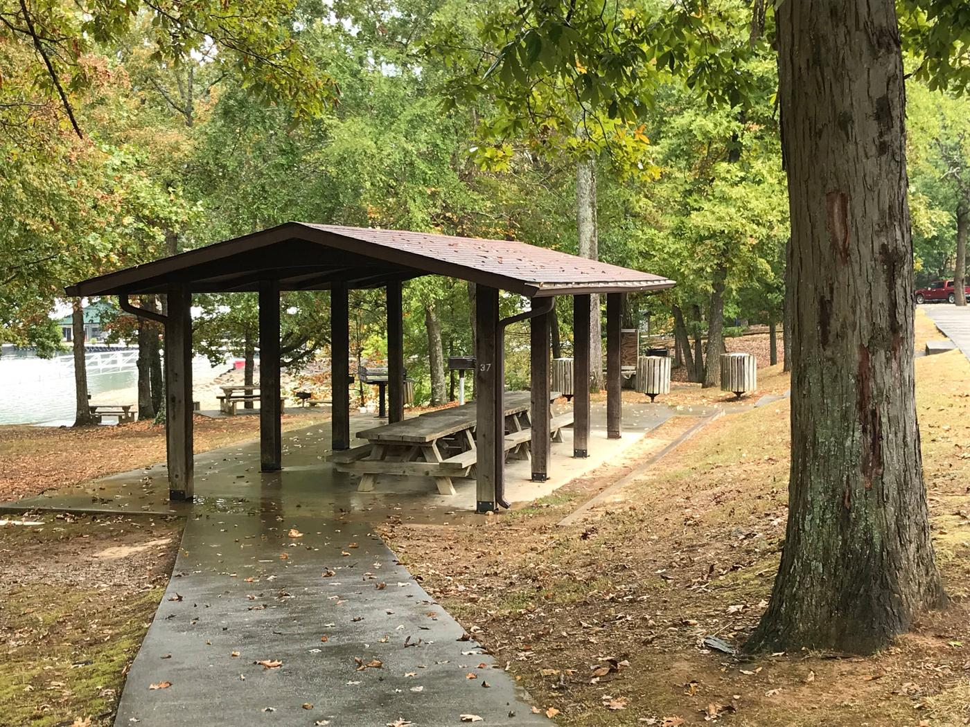 OBEY RIVER PARK SMALL SHELTER (S2) ADA ACCESSOBEY RIVER PARK SMALL SHELTER (S2)