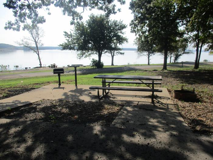 Site 50 - Taylor FerrySite 50 offers a metal picnic table, pedestal grill, utility table and fire ring.