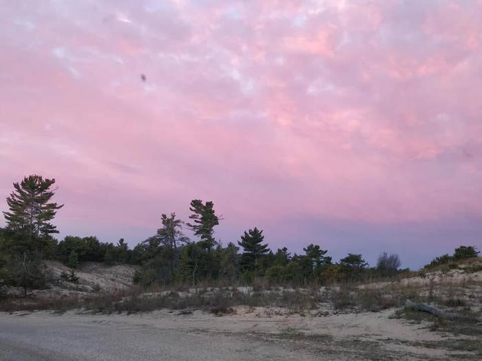 Pink skyThe sky at dawn