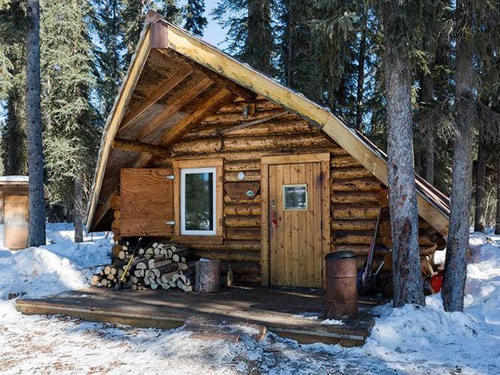 Front of log cabinRichard's Cabin