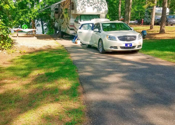 Driveway slope, awning-side clearance.Victoria Campground, campsite 21.