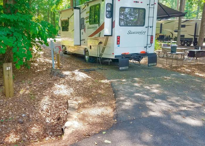 Pull-thru entrance, utilities clearance.Victoria Campground, campsite 27.