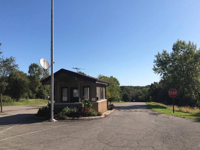 Wallashuck Campground Entrance