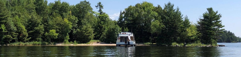 Blue Heron PointKabetogama Lake houseboat site