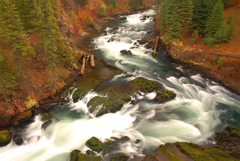 Deschutes National Forest Benham Falls