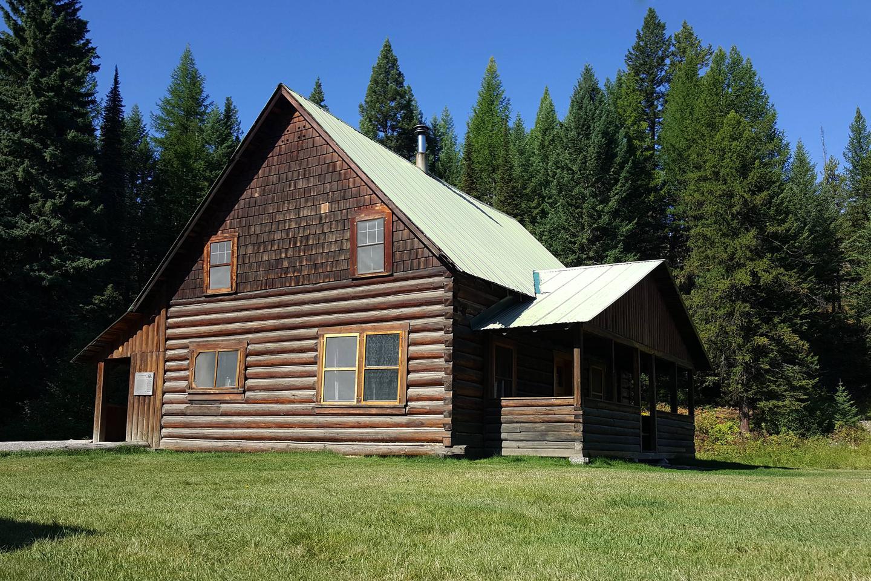 Cabin exteriorsummer day @ Wurtz
