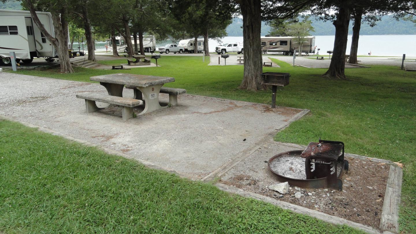 OBEY RIVER PARK SITE #92 LIVING AREA AT END OF SITEOBEY RIVER PARK SITE #92