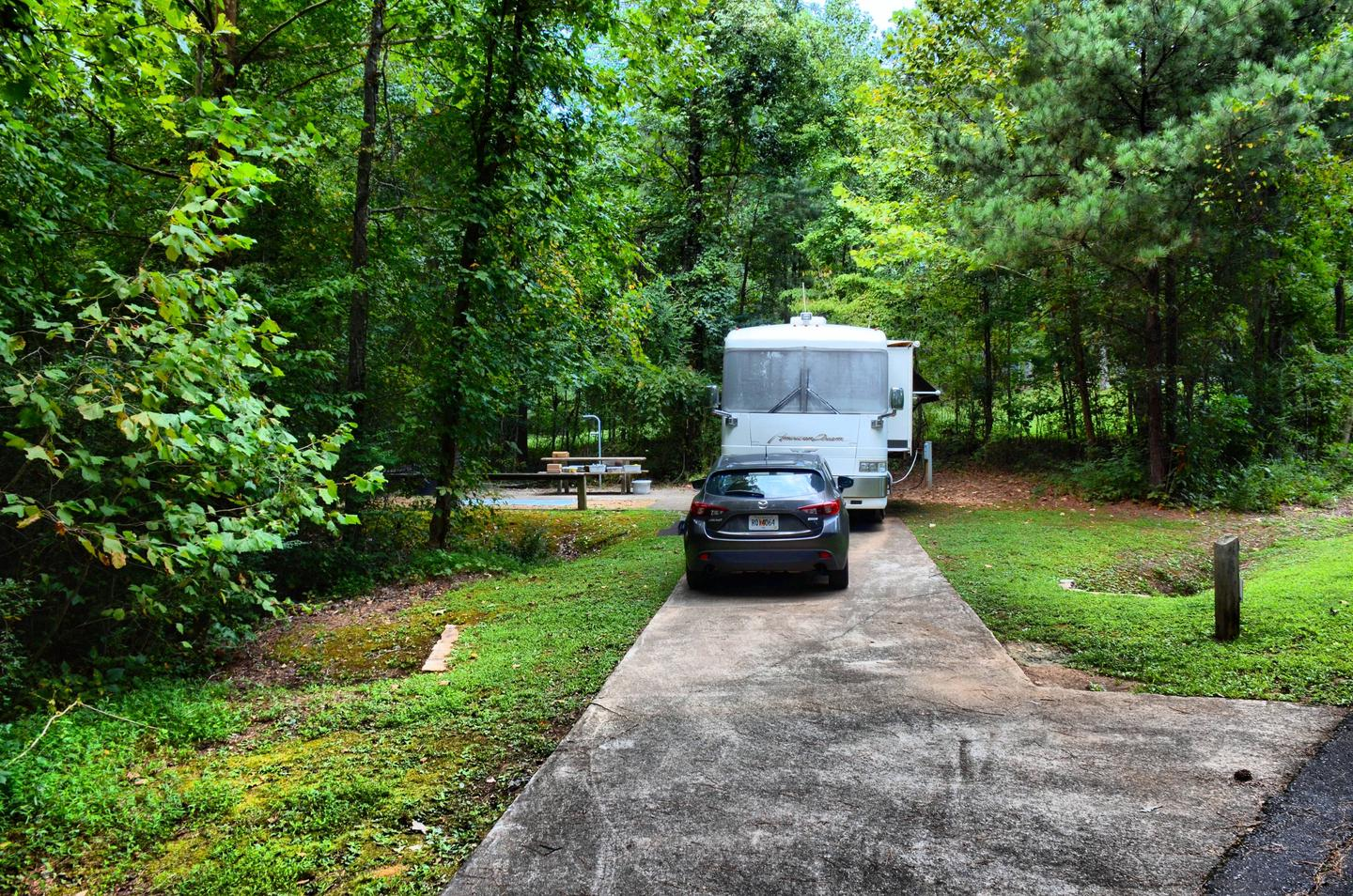 Driveway slope, awning-side clearance.Payne Campground, campsite 58.