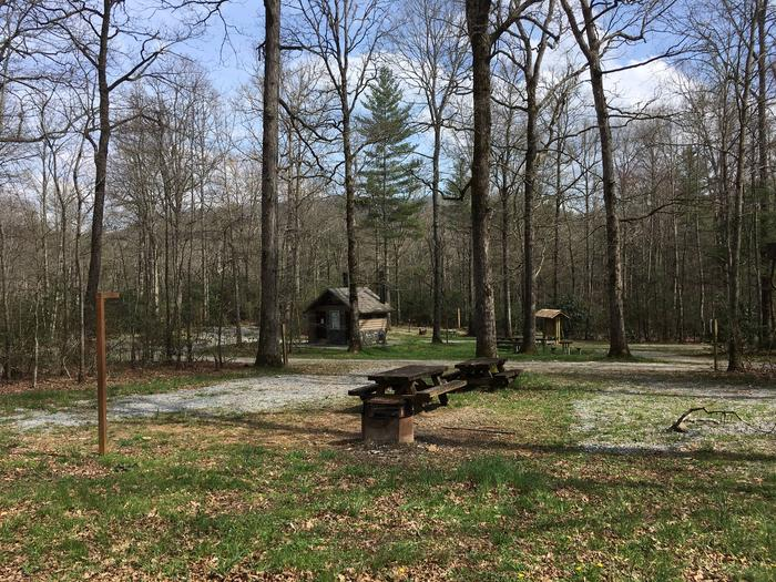 Site A10 - Double SiteSite A10 - Double site featuring high lines, picnic tables, lantern poles, and grills.
