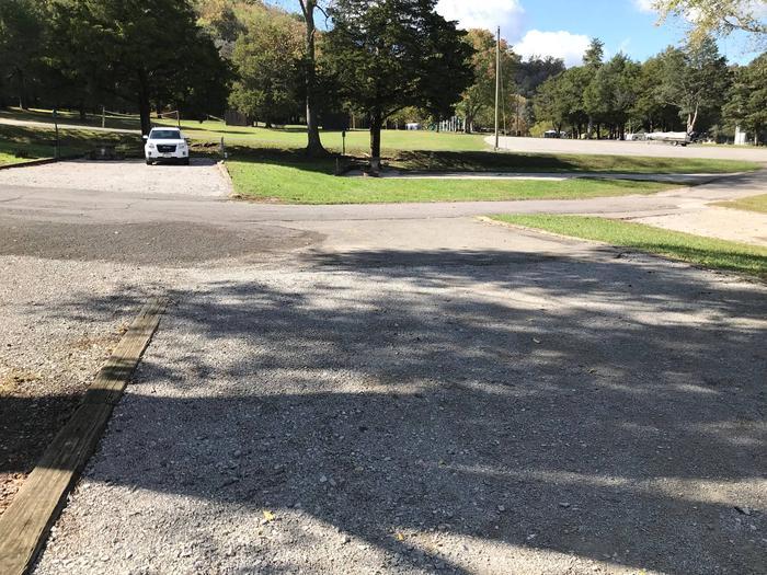 OBEY RIVER PARK SITE #68 VIEW TOWARD ACCESS ROADOBEY RIVER PARK SITE #68
