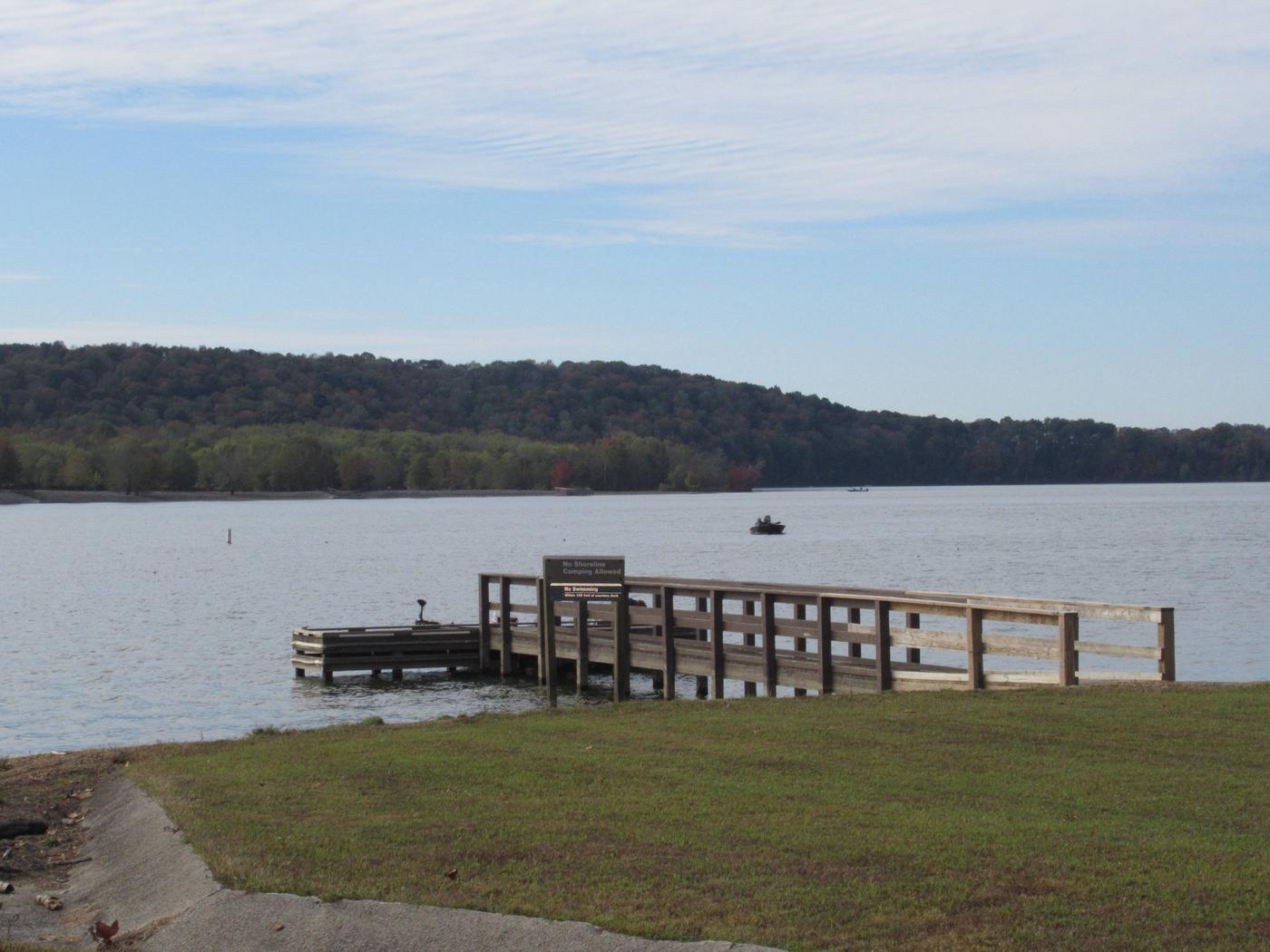 Smith Ridge Courtesy DockCourtesy Dock located at the Smith Ridge boat ramp, less than 1/2 mile from the campground
