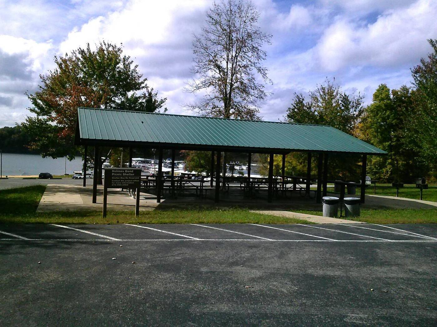 Holmes Bend Picnic ShelterPicnic shelter located near the beach and marina, about 1 mile from the campground
