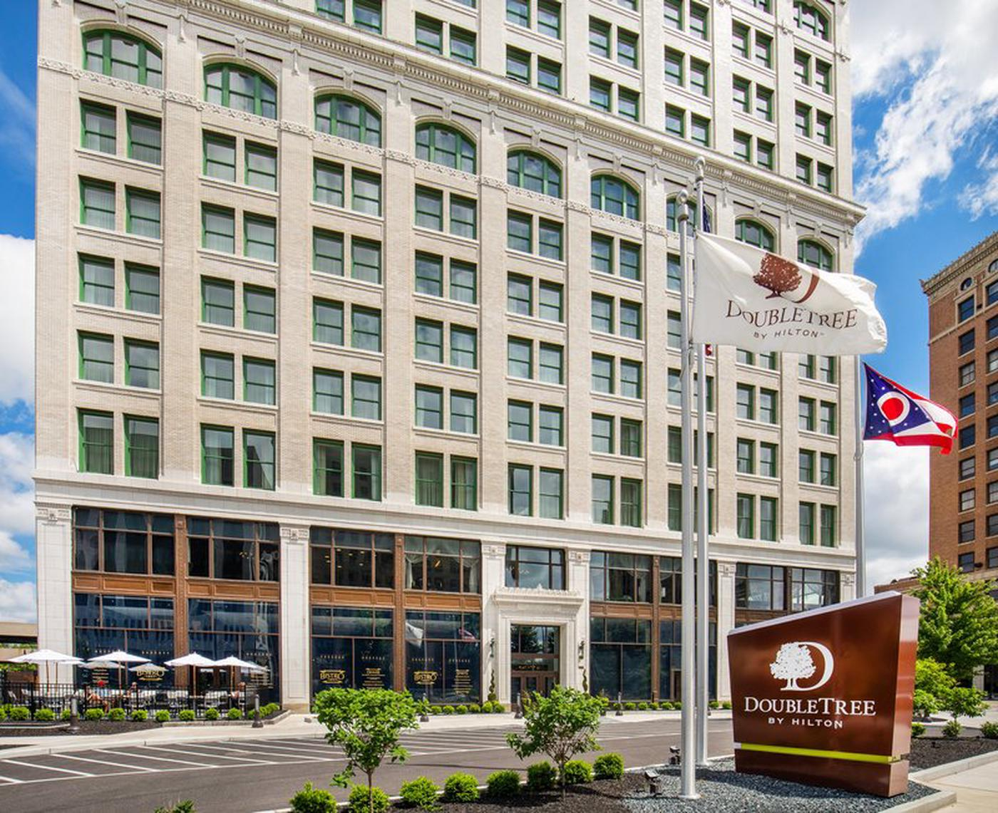 DoubleTree by Hilton Youngstown Downtown