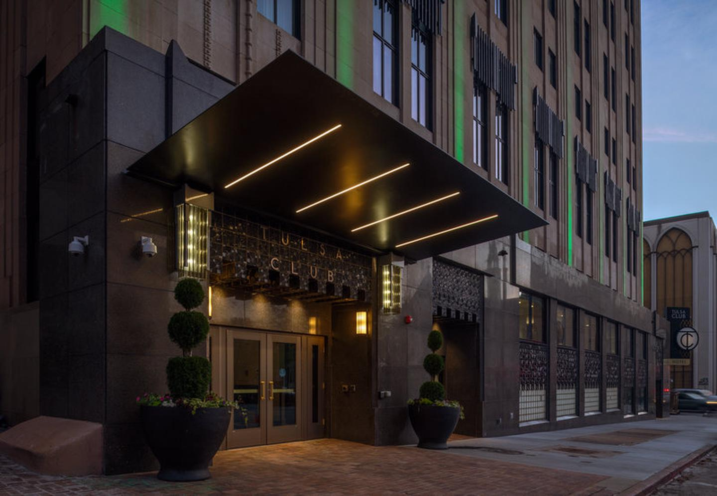 Tulsa Club Hotel, Curio Collection by Hilton