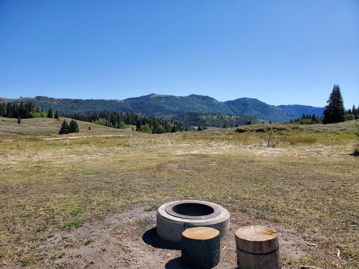 Lake Canyon Campground  -  Site 17Lake Canyon Campground - Site 17