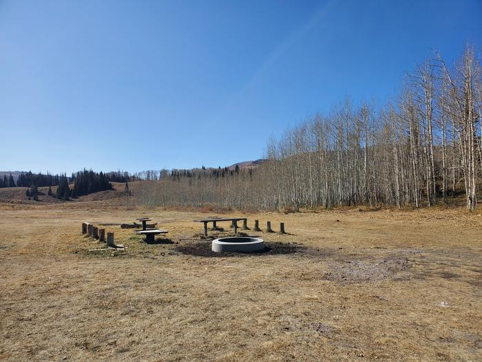 Lake Canyon Campground  - Rolfson Group Site ALake Canyon Campground - Rolfson Group Site A