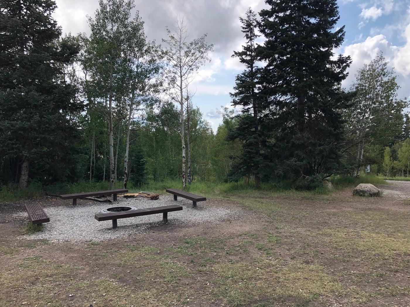 Lake Hill Campground - Group Site 3
