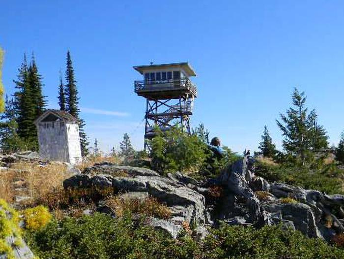 Preview photo of Garver Mtn. Lookout Rental