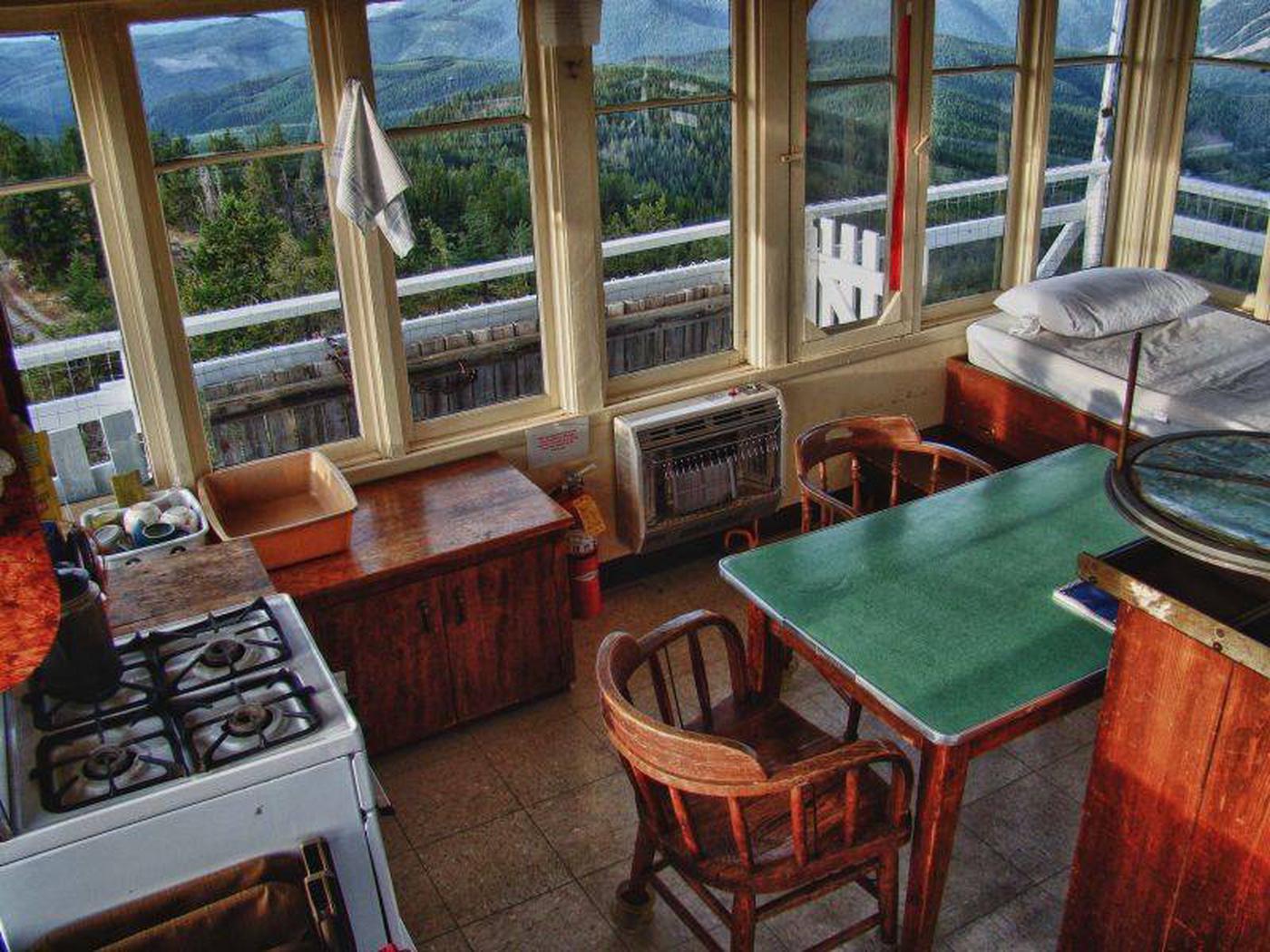 Mt. Baldy-Buckhorn Ridge Lookout table and stove
