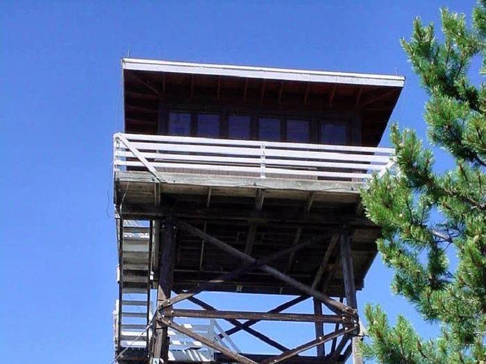 Preview photo of Gem Peak Lookout Rental
