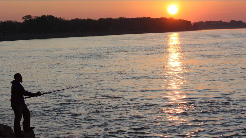 Bank fishing at Nebraska Tailwaters