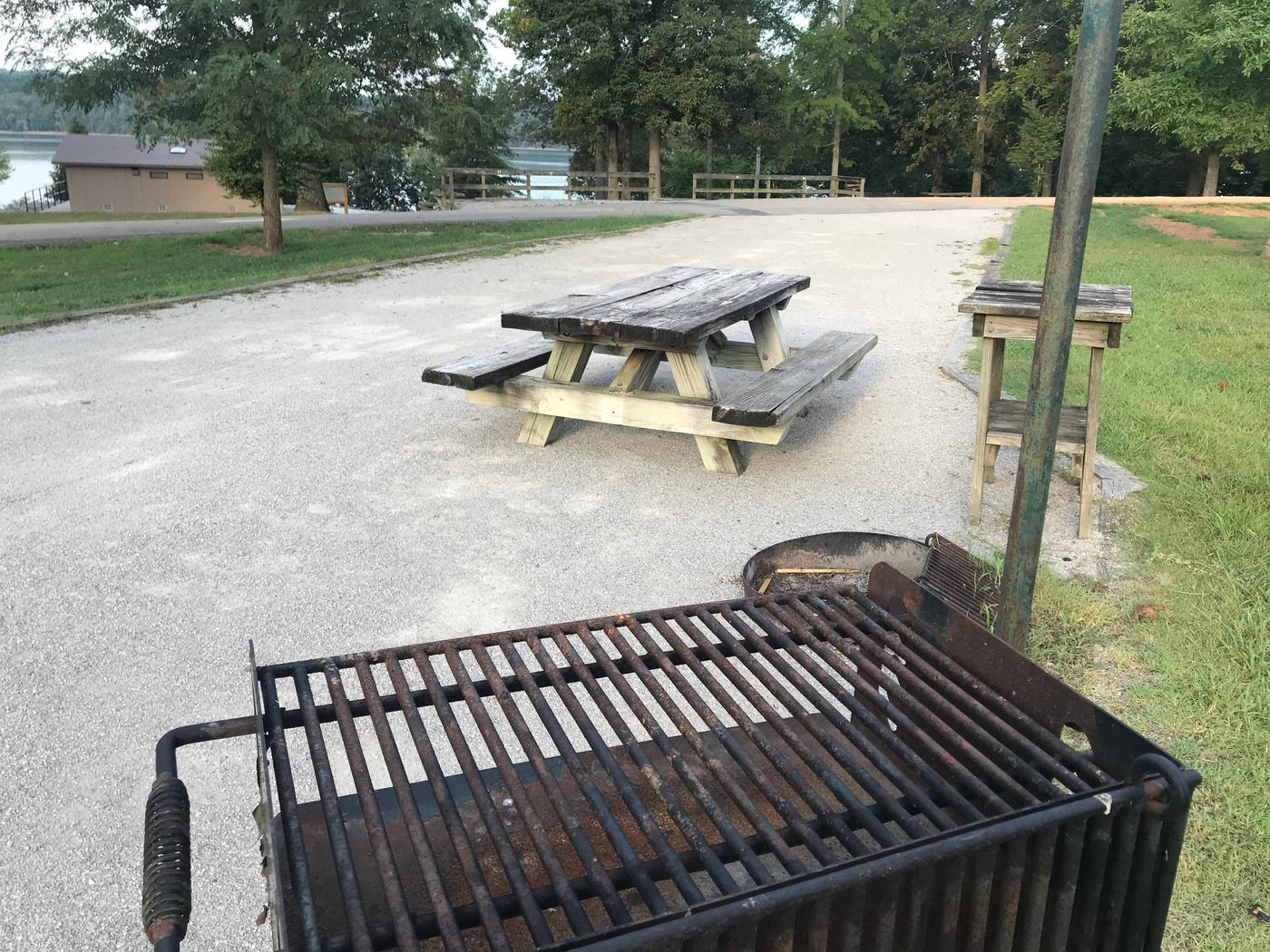 WILLOW GROVE CAMPGROUND SITE #76 TABLE AND PEDESTAL GRILLWILLOW GROVE CAMPGROUND SITE #76