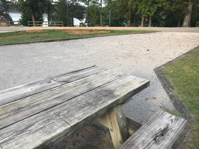 WILLOW GROVE CAMPGROUND SITE #78 TABLE TOP AND ACCESSWILLOW GROVE CAMPGROUND SITE #78