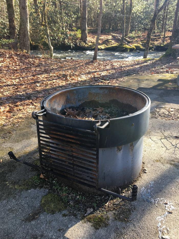 HC FirepitThere is a raised fire pit at every one of our handicap accessible sites!