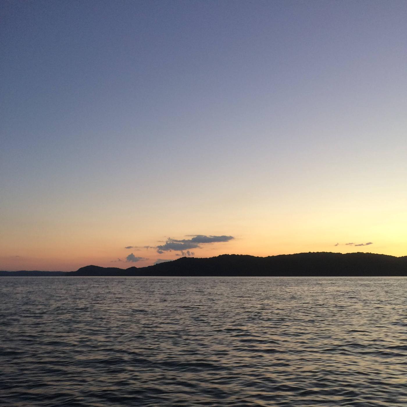Sunset at Lake CumberlandBeautiful Lake Cumberland at sunset