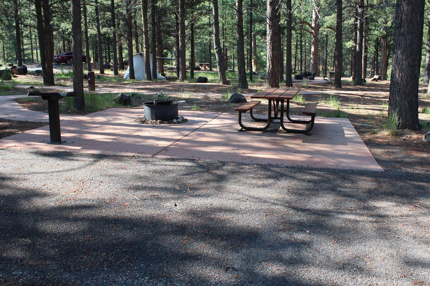 Enjoy the cool of the mountains!Newly renovated campsite.