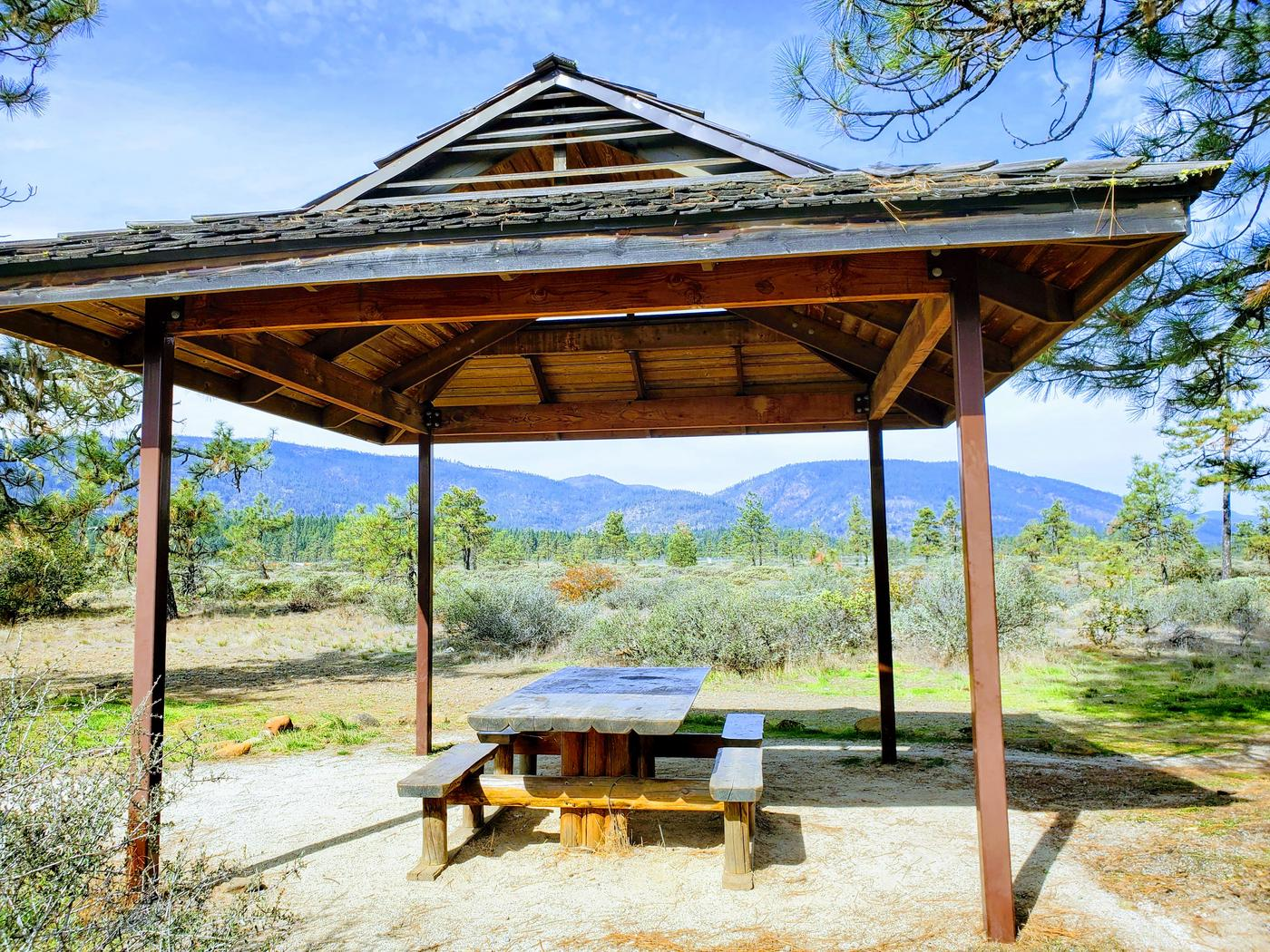 Picnic shelter at the Rough and Ready Flat trailhead.
