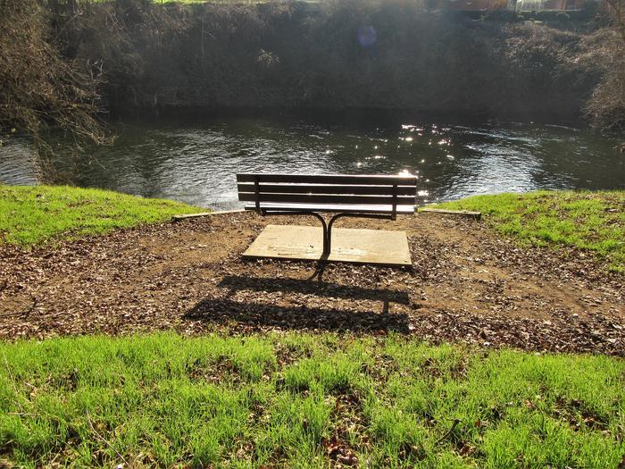Bench at Valley Oak Recreation AreaBench along the banks of the Stanislaus River, great for fishing and wildlife viewing