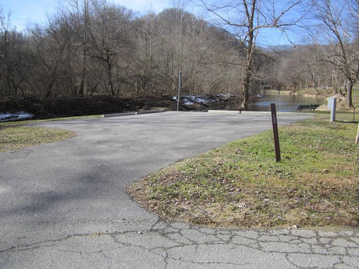 Lakefront SiteArea 6 Site 132